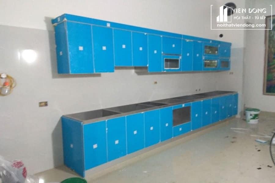tủ bếp inox cánh acrylic tại nội thất viễn đông
