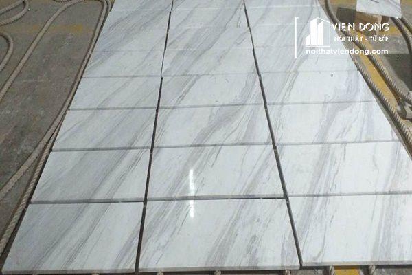 lát sàn bằng đá marble