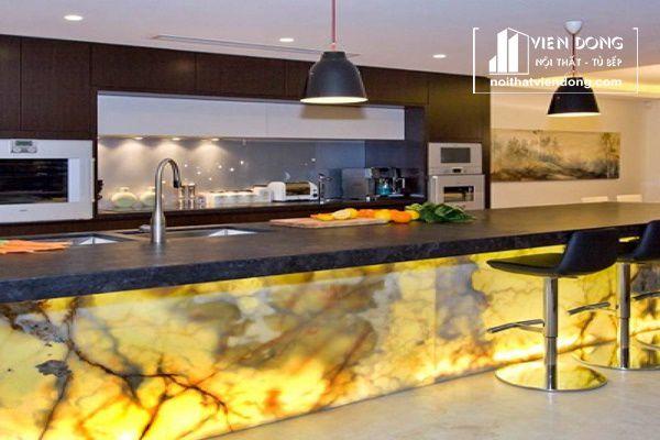 đá xuyên sáng onyx dùng ốp bếp