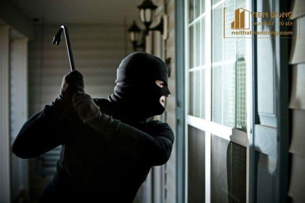 độ an toàn và khả năng chống trộm của kính cường lực